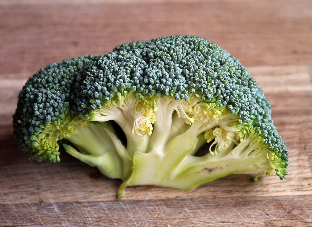 broccoli vegetable food healthy